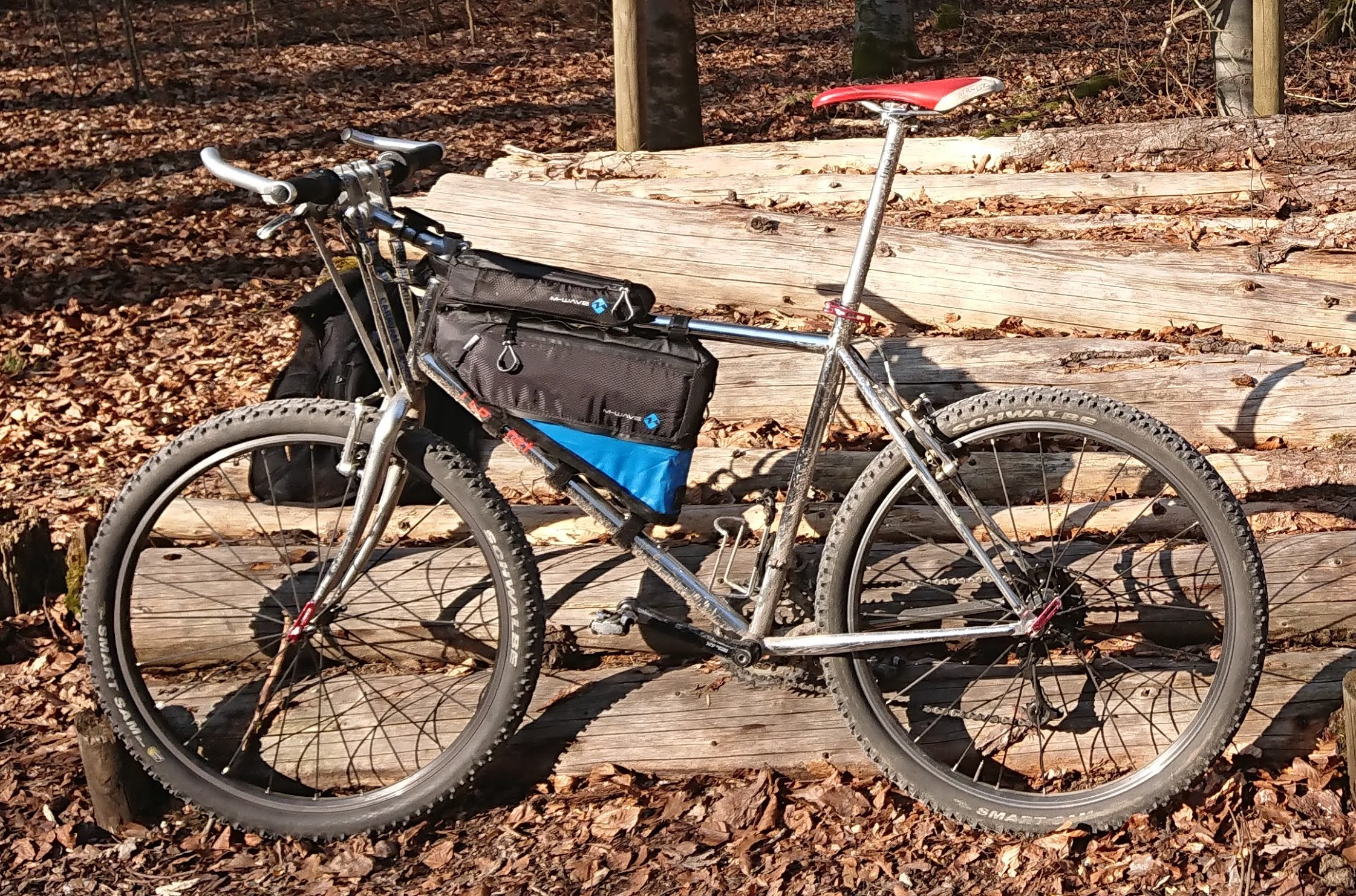 M-WAVE Rough Ride Bikepacking Taschen
